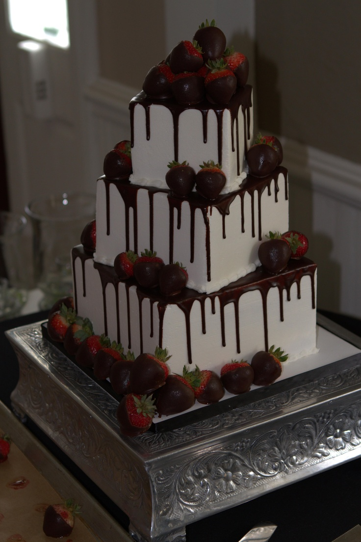 MMMmm Chocolate Strawberry Wedding Cake :) http://www.michaelangeloskitchen.com