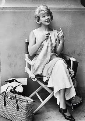 My favorite actress, Doris Day. Love these vintage photos of famous knitters.@Jolyn Deans