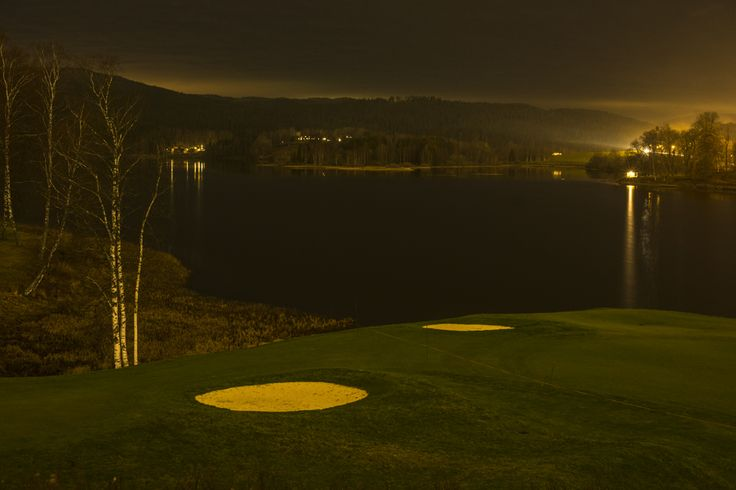 Bogstad golfcourse at nightime