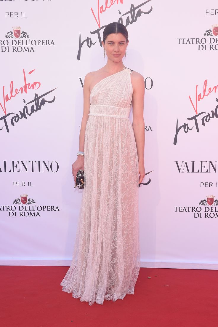 Italian actress Vittoria Puccini is a ray of light in a lace gown from the Spring/Summer16 collection on her way to the opening of 'La Traviata' on May 22th, 2016.