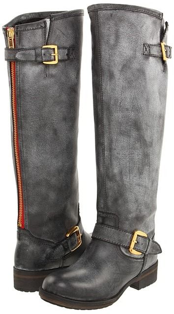 My fall staple - Steve Madden Lindley color zipper boot. WANT!!!