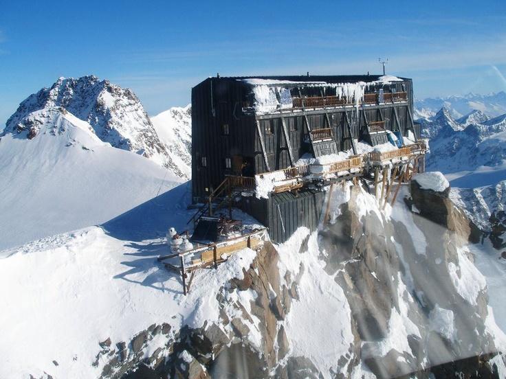 Rifugio Capanna Regina Margherita, il più alto d'Europa. Alagna Valsesia