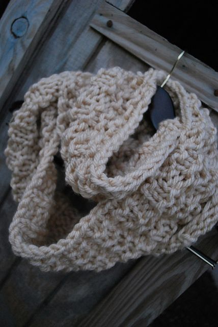 Infinity Scarf Knitting Pattern Ravelry : 17 Best images about knitted cowl/ scarf* on Pinterest ...