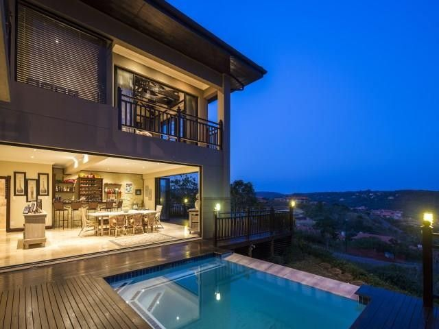 4 Bedroom House For Sale in Hilltop Estate