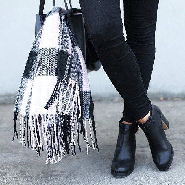 Brrrr it's cold in here...seriously following @forevernew's lead and investing in a blanket #scarf #shopping #app #winterishere