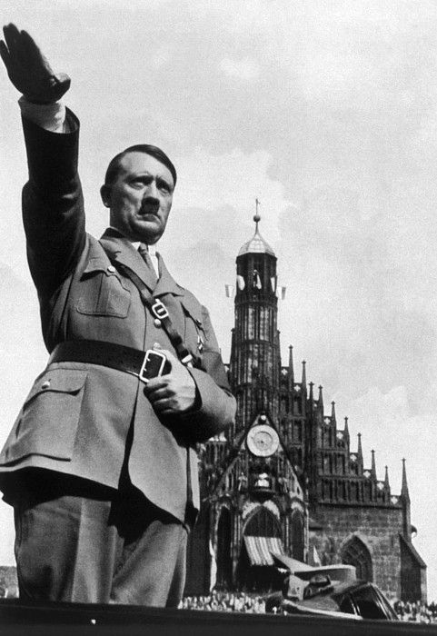 DescriptionAdolf Hitler at Reichsparteitag, 1934