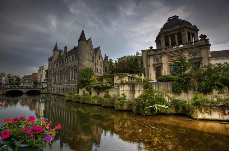 Geeraard de Duivelsteen - Discover Ghent with Citypath, the ultimate digital platform for tourists & locals! gent.citypath.eu/