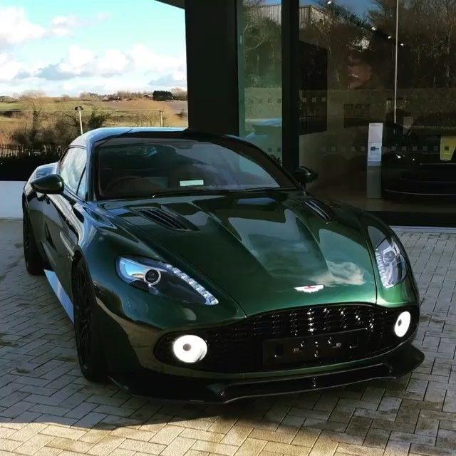 A Closer Look Into The Vanquish Zagato Shooting Brake Video Taken B Aston Martin Aston Martin Lagonda Super Cars