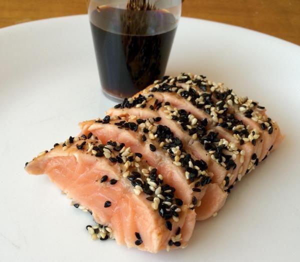 Receita de Tataki de salmão com gergelim