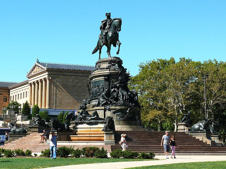 Check out the city of brotherly love aboard the Big Bus Hop On/Hop Off Philadelphia Tour. A knowledgeable guide will share a plethora of stories about the founding fathers, the crack in the Liberty Bell, and much more!