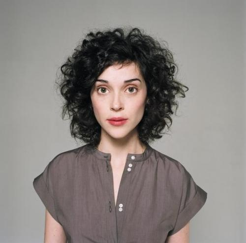 Apart from being talented and unearthly beautiful, St. Vincent has perfect hair.