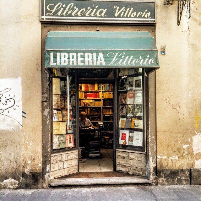 Libreria Vittorio ~ Florence, Italy
