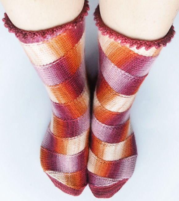 Carousel (Knitty)  Love these socks