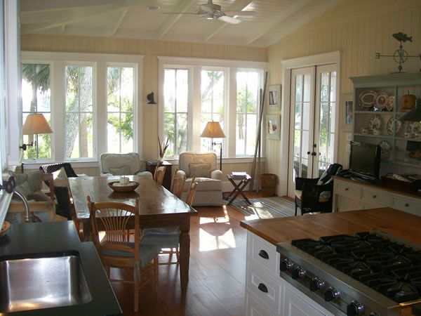 23 best images about kitchen sitting area on pinterest for Table 6 kitchen canton ohio