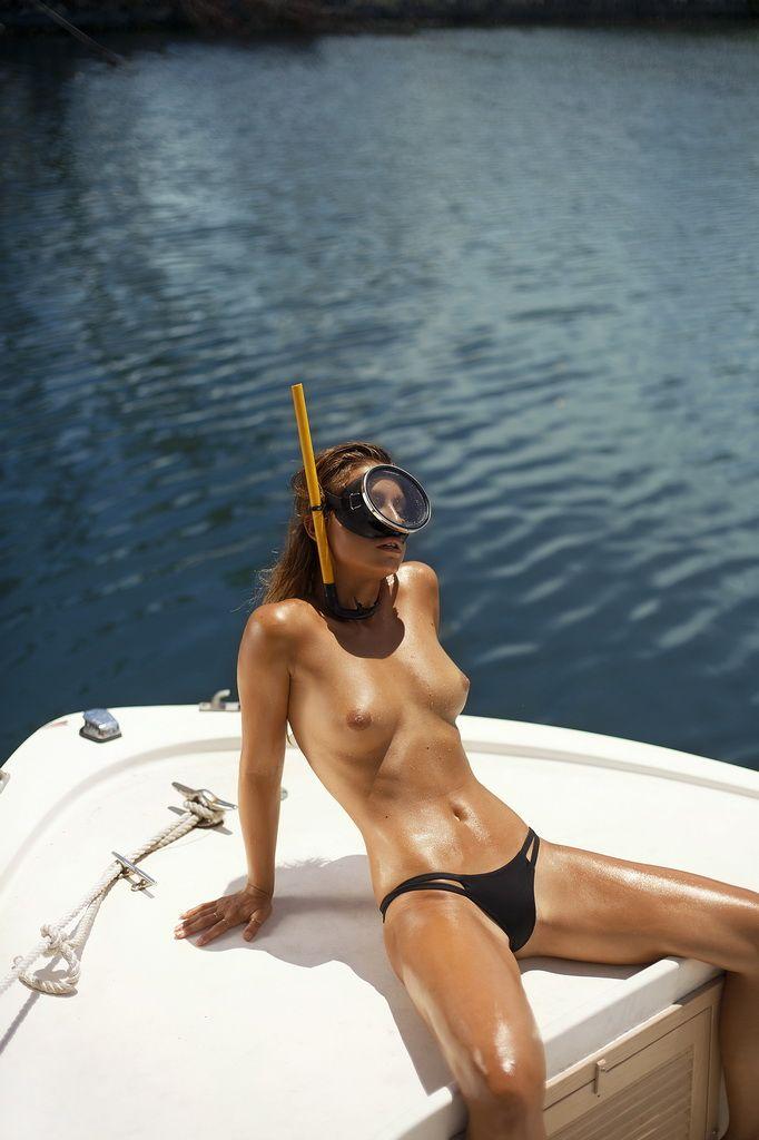 Playboy World, de Ana Dias -