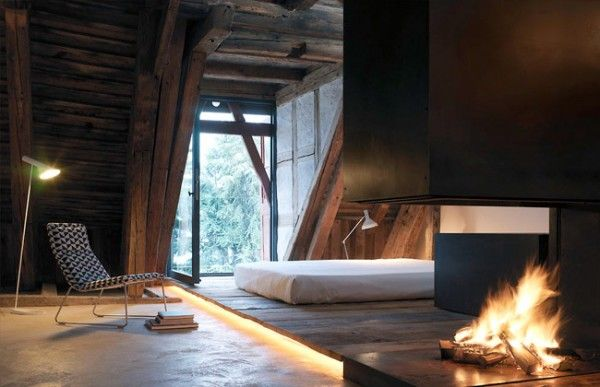 Fire: Cabin, Attic Bedrooms, Wood, Bedrooms Design, Rustic Interiors, Fireplaces, Modern Rustic, Interiors Design, Interiordesign