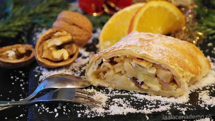Receta de strudel de manzana con Thermomix: ideal para el postre en navidades. También lo puedes preparar con otra fruta como peras o melocotón.
