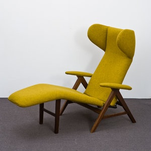 Avantgarde stunning Danish Chaise in new Kvadrat Tonica 411 Fabric by H.W. Klein for Bramin Møbler around 1960. Completely reupholstered. Metal and Wood has still the nice Patina. Really Comfy!!