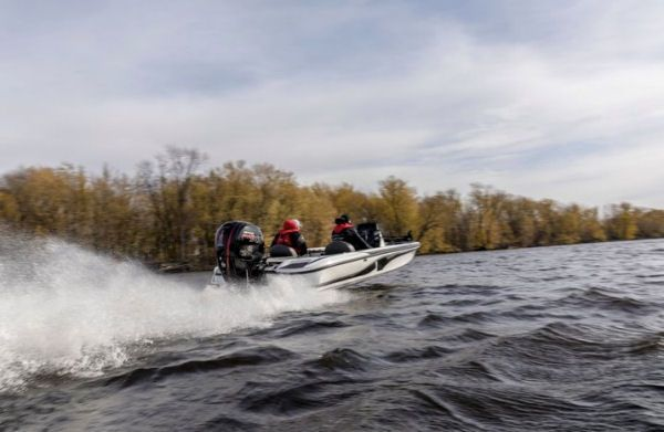 Mercury Marine 150 Pro XS: When it comes to hole shot, high torque at the low end is important, and Mercury says the 150 Pro XS has features that optimize the torque.