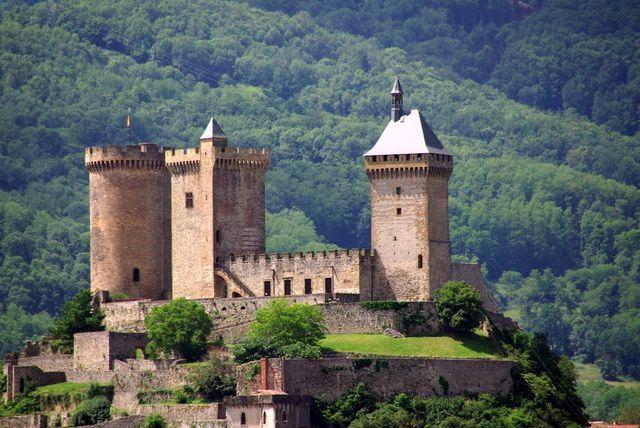 CHATEAU  DE  FOIX  Ariège  France