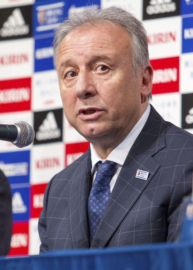 Alberto Zaccheroni, director técnico de la Selección fútbol de #Japón. Foto: EFE.