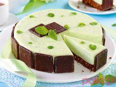 Przepis na sernik miętowy bez pieczenia to pomysł na typowo letni deser, który…