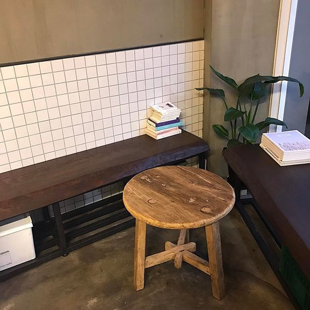 _ 커피식탁 식탁이 바뀌었다✔️ #커피식탁#성수동#성수동카페 #카페#인스타카페#카페스타그램 #성수역#성수역카페#뚝섬역#뚝섬역카페