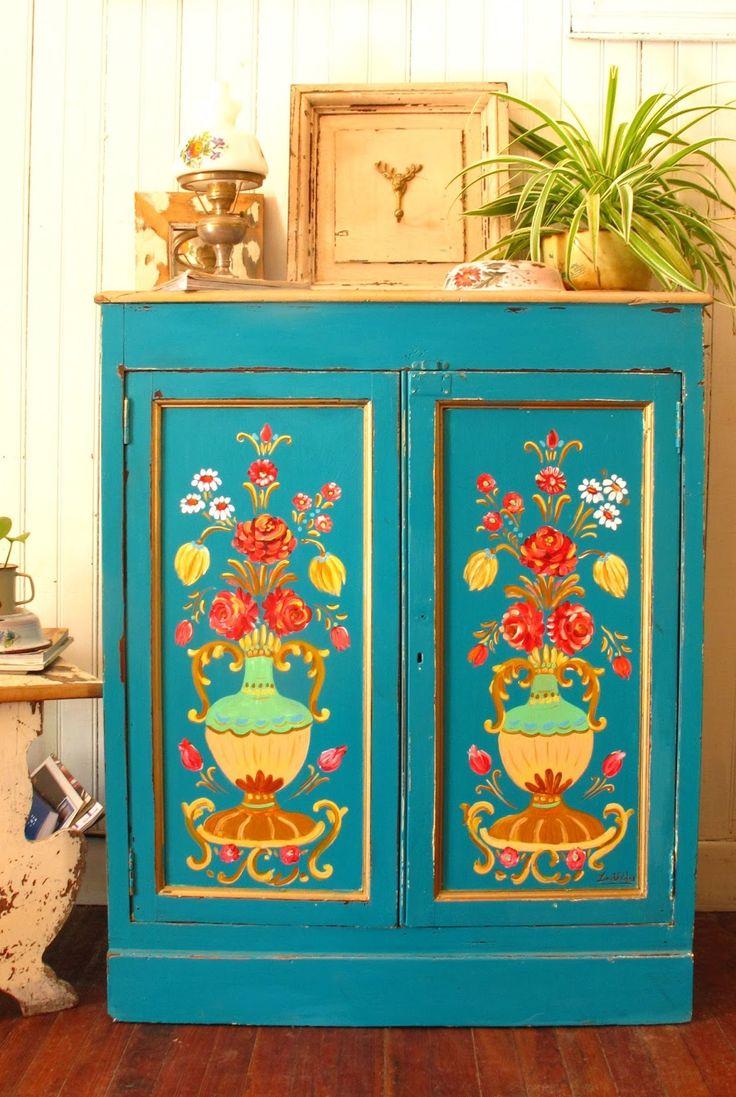 M s de 25 ideas incre bles sobre muebles pintados de verde en pinterest muebles pintados de - Muebles marroquies en madrid ...