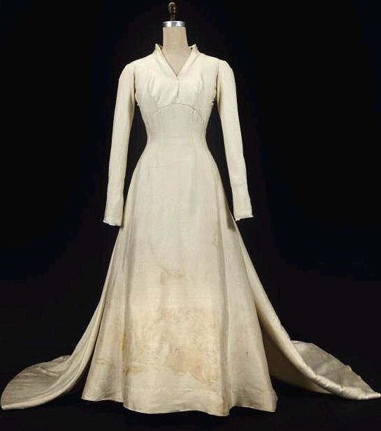 White Wedding Dress Song: 1000+ Images About Sound Of Music Costumes On Pinterest