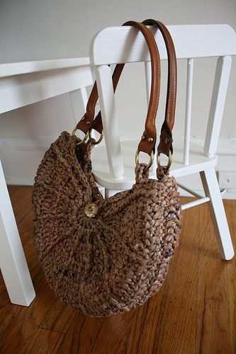 This bag was made from plarn - Incredible!! She did post the link to the pattern, which is originally made with yarn. This is really cute.