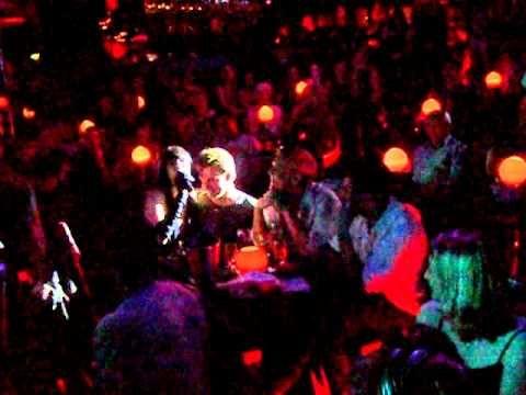 Sensational Singer Marcella Detroit performs Etta James' Steal Away in L...