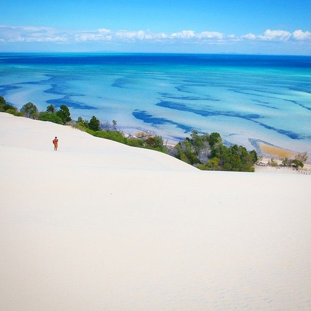 Fifty shades of blue. And a sand dune. #SeeAustralia #ThisIsQueensland #MoretonIsland Another shot from my Big Sandhills adventure yesterday with travel film maker @mattraimondo. A spectacular place to climb the sand dunes and gaze back across the beautiful waters of #MoretonBay to the city of #Brisbane.