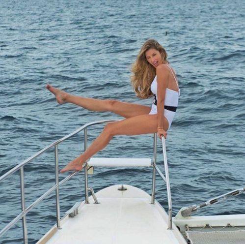 Gisele Bündchen sur un yacht http://www.vogue.fr/mode/mannequins/diaporama/la-semaine-des-tops-sur-instagram-dcembre-2015/24187#gisele-bndchen-sur-un-yacht