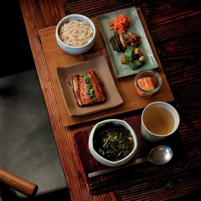 Typical but exceptionally beautiful Korean meal setting.