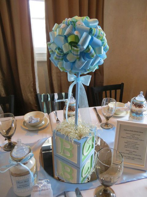 Blue and green baby shower party ideas centerpieces for Baby shower clothespin decoration