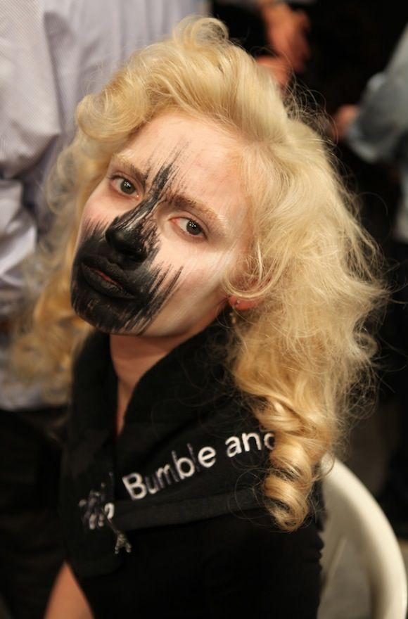 Maquillaje Teatral para Desfile de Moda