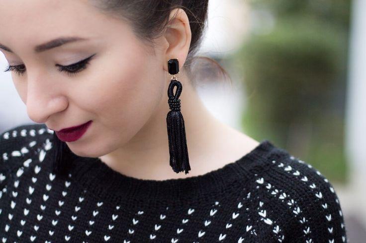 Cercei negri cu franjuri, ciucuri, Andreea Ristea, tassel earrings, black, fringe, fashion, jewerly