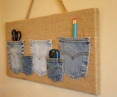 Pocket bulletin board