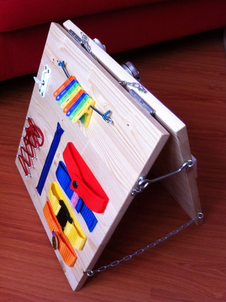 Бизиборд раскладной - или развивающие доски, созданные для развития детей по методике Марии Монтессори