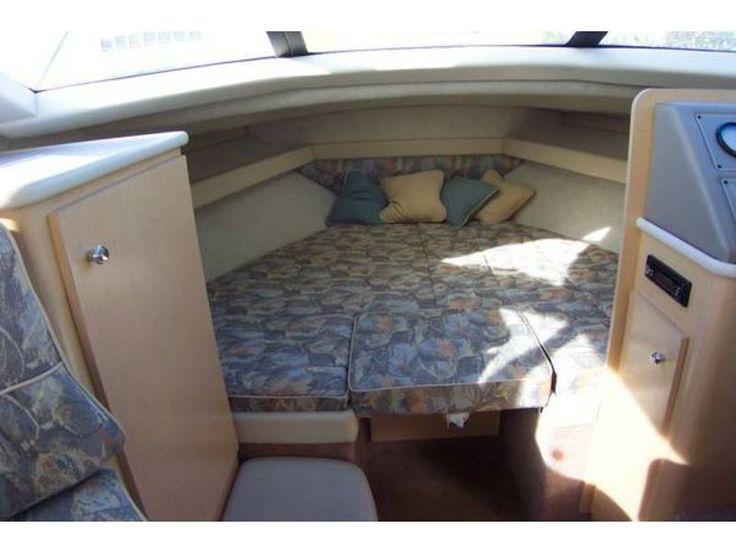 grady white bedding | 30′ Bayliner 2858 Command Bridge Boat | Used Boat For Sale By Owner
