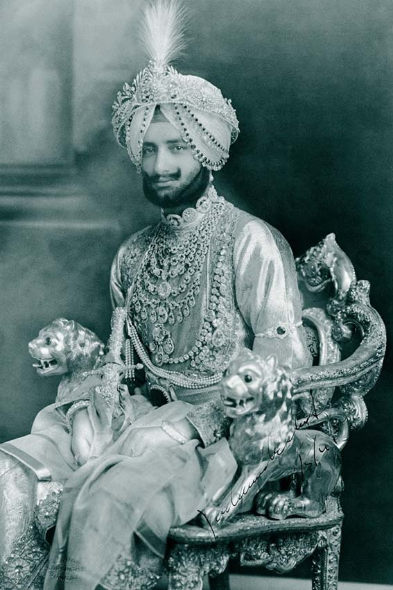 Indian Jewelry – Augsburg Exhibition Takes in the World of the Maharajas