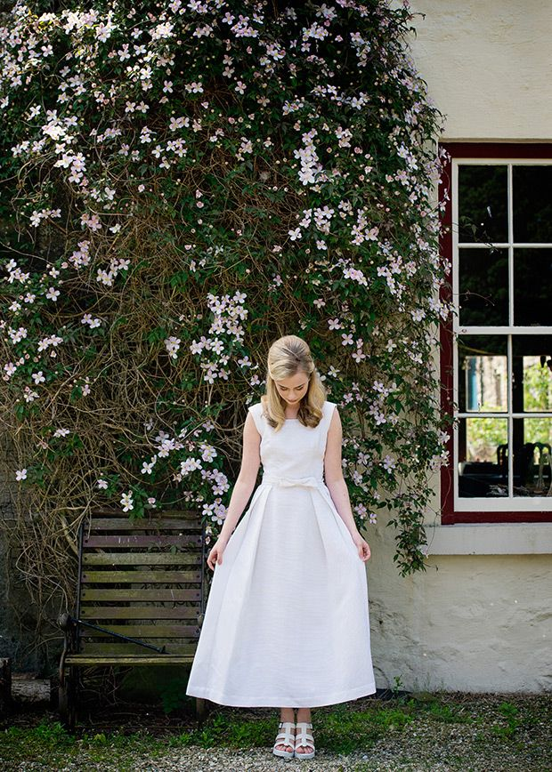 Vintage style wedding dress with bow detail   Photography by Fiona Jamieson   www.onefabday.com