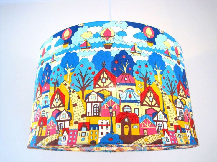 Barnlampa Retro stad via Retro lampskärmar, unika barnlampor, stora taklampor