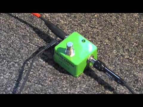 Henretta Green Zapper Auto Filter Pedal Demo--Demo of my current envelope filter pedal.