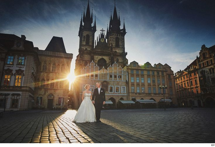 GA sunlit wedding photography Old Town Square Prague GA (USA) had a beautiful elopement wedding at the Chateau Mcely followed by an all day post wedding portrait session. It was quite stunning