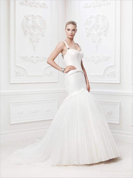 Zac Posen Wedding Gowns #zacposen #weddinggown #weddingchicks http://www.weddingchicks.com/2014/02/18/zac-posen-wedding-gowns/
