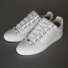 balenciaga arena low top sneaker my style pinterest balenciaga arena sneakers and. Black Bedroom Furniture Sets. Home Design Ideas
