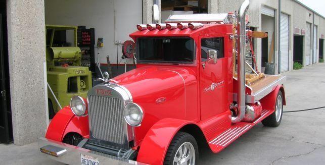 1929 fageol truck american made in oakland ca until 1938 name changed to peterbilt vintage. Black Bedroom Furniture Sets. Home Design Ideas