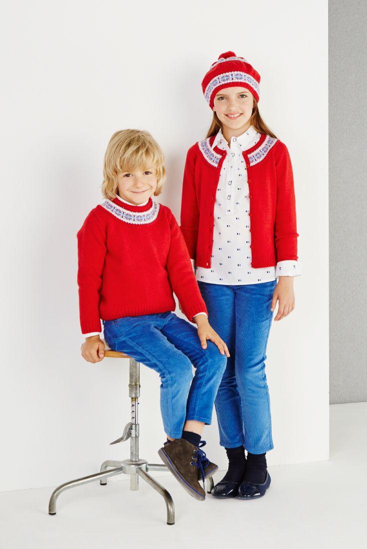 Jersey y rebeca con greca perfectas para estar frente al fuego en estos días de Navidad.   Cardigan and jumper perfect to be in front of the chimney. #kids #modainfantil #fashion Trasluz Casual Wear