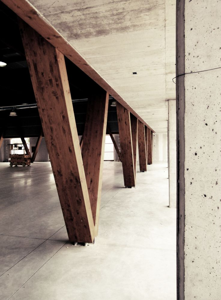 Filippo Bricolo, Multipurpose building, Veneto